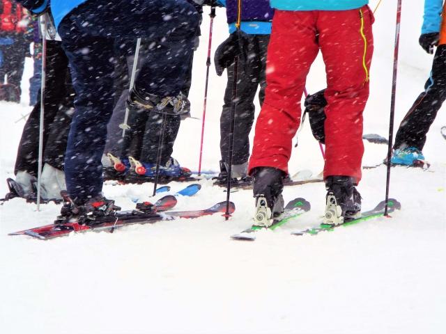 スキー教室 費用 持ち物